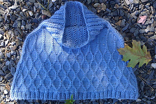 Capelet_on_rocks2_small2