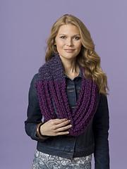 7-07k_asymmetrical_scarf_00074_small