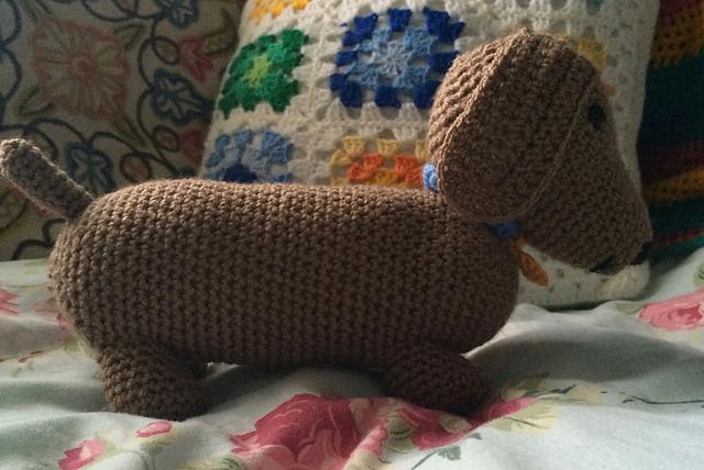 Free Amigurumi Dachshund Pattern : Ravelry dachshund amigurumi pattern by lynn logan
