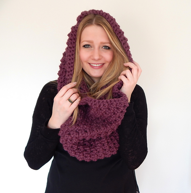 d8cf76daf0 Ravelry  Chunky Infinity Scarf pattern by Peg Barrows