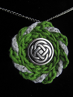 Celtic_pendant_necklace_jeryan_-_copy2_small2