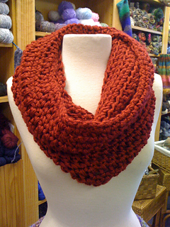Sweetheart_cowl_small2