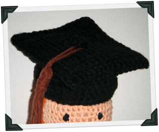 ravelry crocheted graduation cap pattern by abigail gonzalez
