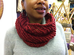 Justenoughknittedcowl2_small