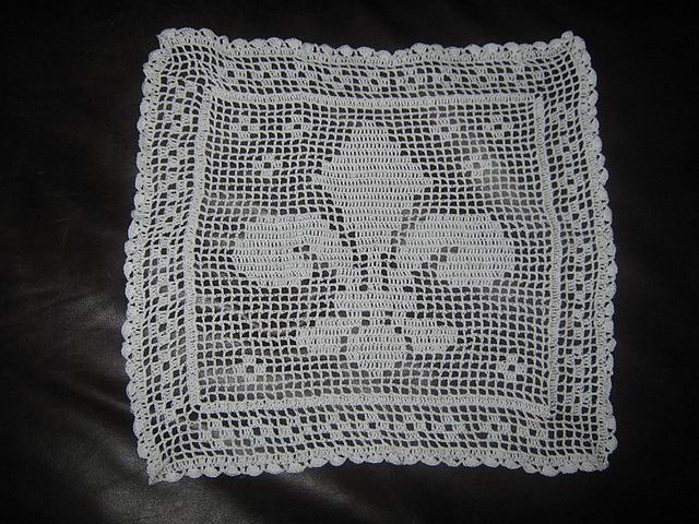 Ravelry Fleur De Lis Bread Cloth Pattern By Dot Drake