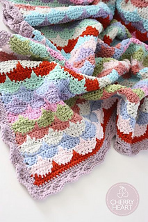 Clamshell_blankie_small2