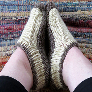 Slippers_a_small2