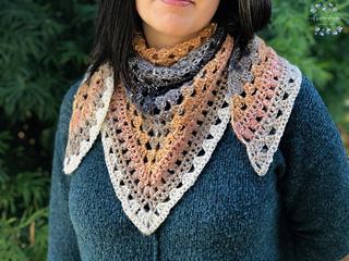 Ambra Scarf pattern by Crystal Marin