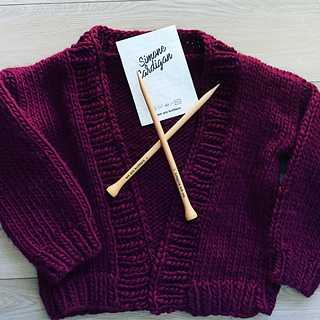 de6e6b295 Ravelry  Simone Cardigan pattern by we are knitters