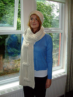 Knots_another_scarf_and_hat_small2