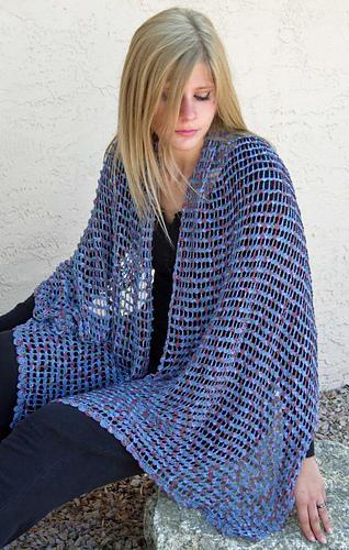 Tiny_scallops_shawl_medium