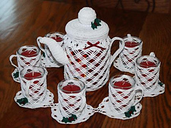 Holly_candle_tea_set_doily_small