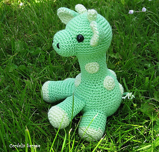 Greengiraffe_small2