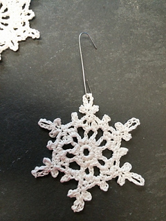 Ravelry 100 Snowflakes To Crochet Make Your Own Snowdrift To