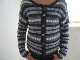 Mummy_s_stripe_sweater_small2