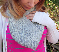 Donovan_cowl_detail_1_small