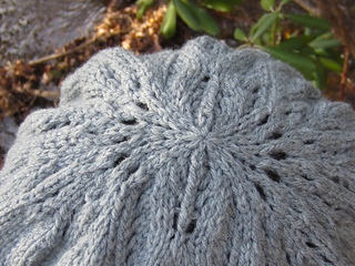 Sidhe_beret_top_detail_small2