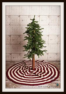 Tree_skirt_small2