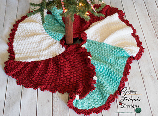 Trisquare_christmas_tree_skirt_2_small2
