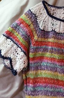 Rainbow_sweater_neckline_detail_small2
