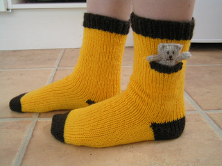 Brownie_camp_socks_small2