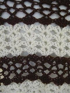 Chocolate_and_vanilla_shawl__stitch_detail__small__small2