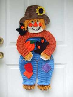 Ravelry Cv108 Scarecrow Amp Crows Door Hanging Pattern By