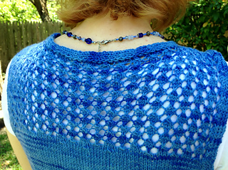 Blue_paprika_back_small2