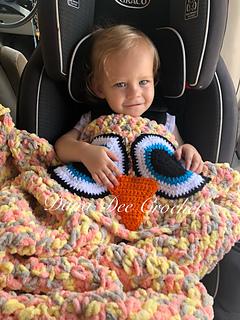 Ravelry Baby Owl Car Seat Blanket Pattern By Dana Draves