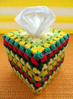 Grannys_tissue_box_cover_small2