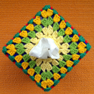 Grannys_tissue_box_cover_top_small2