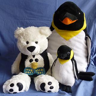 Penguinbibfamilyportrait__1000x1000__small2