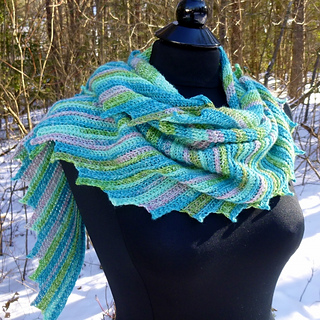 Ravelry Whispers Shawl Shawlette Or Scarf Pattern By Darleen Hopkins