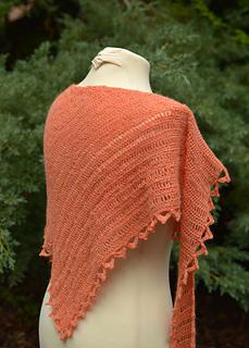 Moxie-crocheted-shawl-pattern-back-view-web_small2
