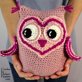 Owl-stuffie-crochet-pattern-by-darleen-hopkins-weblogo_small2
