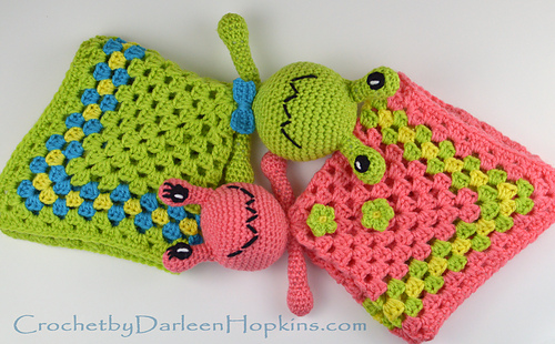 Crochet_pattern_baby_lovey_alien_by_darleen_hopkins_web_logo_medium