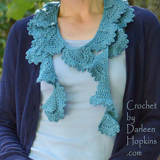 Del_mar_crochet_pattern_scarf_in_knit_picks_cotlin_web_small2