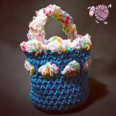 Spring_picnic_basket_small_best_fit