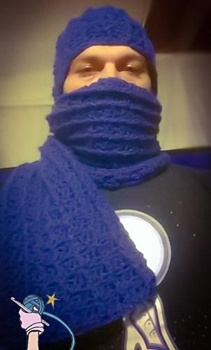 Kd_scarf_medium