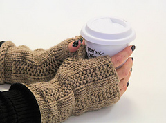 Abby_fingerless_mitts2_small