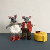 Debbie_bliss_originals_dolores_and_dave_cheese_maker_mice_small_best_fit