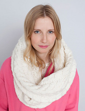White-scarf-_1-2_small_best_fit