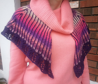Tropical_sunset_shawlette_small2