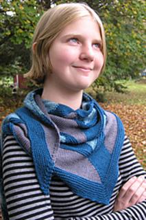Edit_childs_20111002_westknitsmystershawl_0012_small2