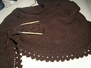 Brown_truly_tasha_s_shawl_small2