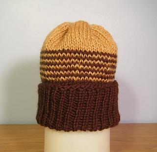 Ravelry  Dozen Baby Hats (knit flat) pattern by Denise Balvanz f74d7739bf9