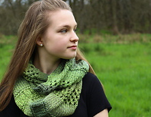 Into_the_forest_cowl_4_small_best_fit