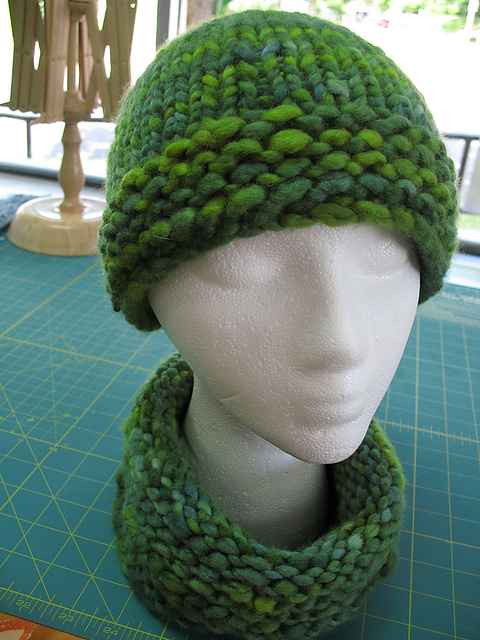 Ravelry 5 Hour Hat And Gaiterneckwarmerheadband Pattern By Rachel