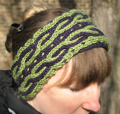 Green_headband_with_blur_small