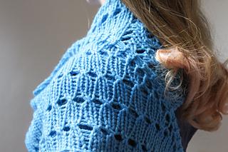 Starflower_shawl_by_renee_callahan_detail_small2
